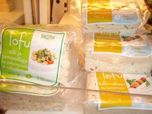 Virolaista tofua saa ainakin tilli-persiljaisena ja kuminaisena.