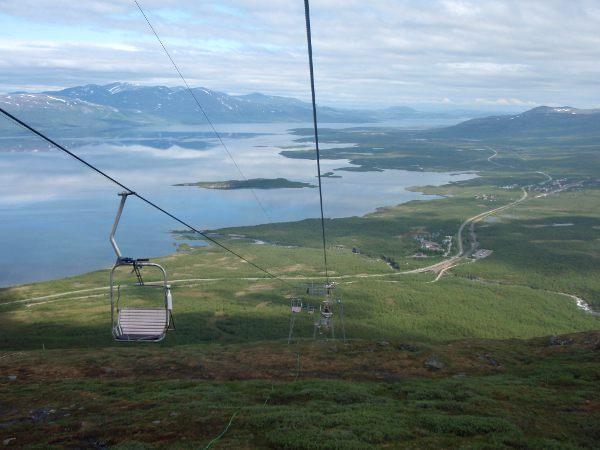 Hississä sai nauttia hienoista näkymistä Torniojärvelle.