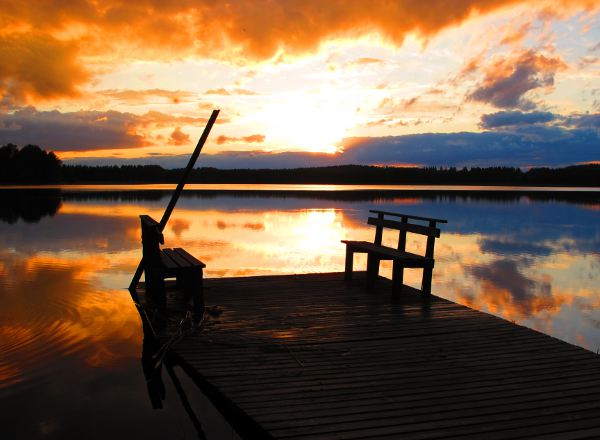 Järvi-Suomen iltaa kesäkuussa.