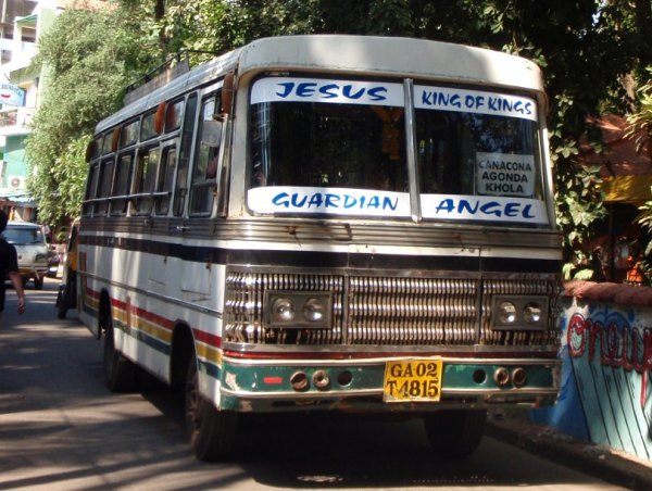 Goan busseissa oli Jeesustarrat, kun muualla Intiassa saman paikan vie esimerkiksi Krishna.