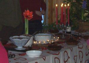 Riisipuuro- ja sekahedelmäkiisselipöytä jouluna 2009.