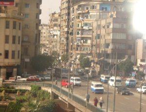 Liikennettä Kairossa.