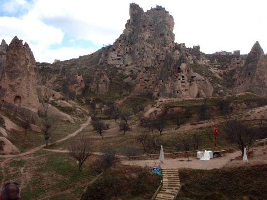 Uchisarin kylän takana on tällainen puisto.
