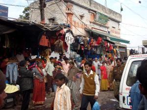 Vanhan Delhin katunäkymää, kylmällä ilmalla talvella Jaipurissa saattaisi ehkä näyttää jossain tältä.