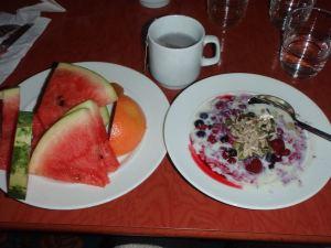 Laiva-aamiainen.