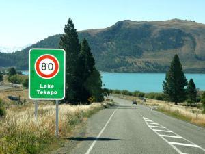 Lake Tekapo vähän ennen Mount Cookia.