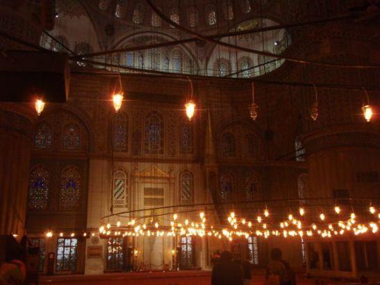 Tunisiassa käyn varmaan monessa moskeijassa.