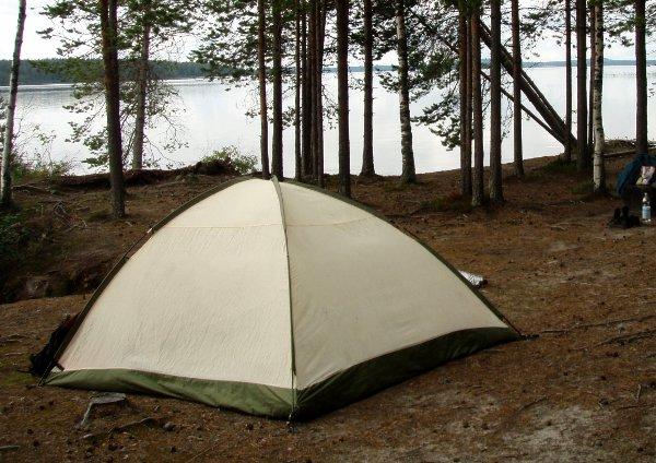 Satunnainen asia: telttailu maistuu nykyisin paremmin kuin lapsena.