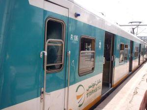 TGM-lähijuna kulki La Marsasta Tunisiin. Matka maksoi alle 50 senttiä eli alle dinaarin.