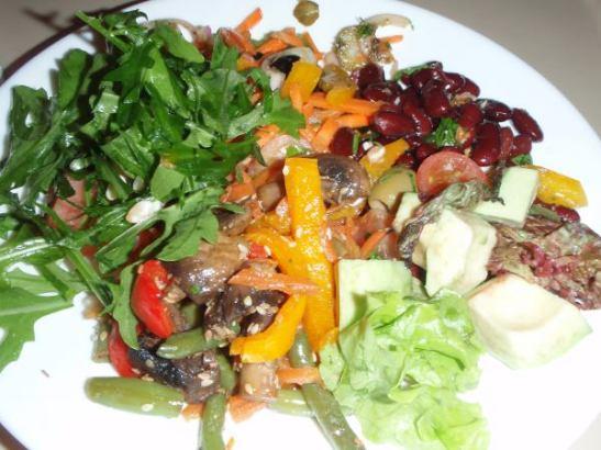 Troitskiyn Mostissa saamani salaatit olivat kyllä hyviä.