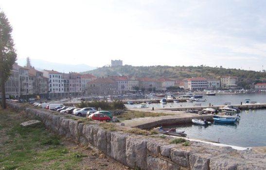 Senjin kaupungin rantaa.