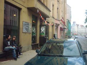 Taka-baari ja matka-automme.