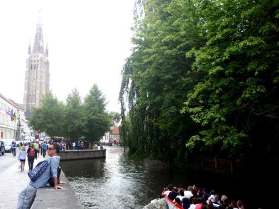 Bruggen kanavamaisemaa.