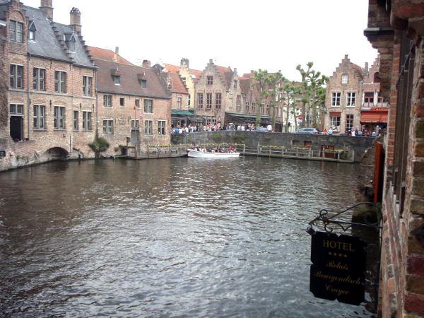 Maisemaa Bruggestä.
