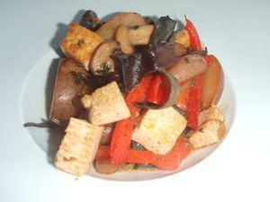 Brussin tofupaistos oli eniten tykkäämäni osuus brunssista.