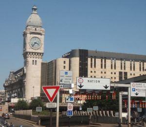 Gare de Lyon, josta lähtee monet etelään menevistä junista, kuten Lyonin ja Marseillen junat.