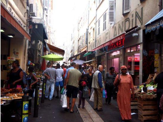 Rue de Marché des Capusins.