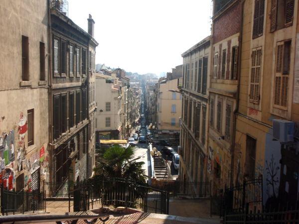 Näkymä läheltä Cours Julienia.