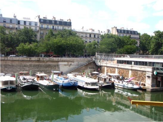 Port de Plaisancen kanava Bastillessa.