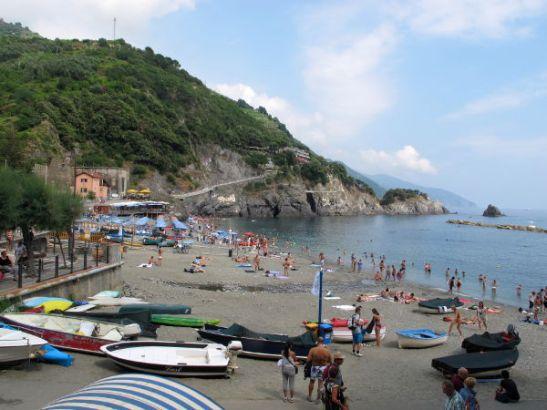 Uimarantaa Monterossossa.