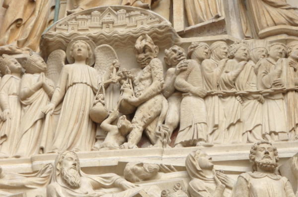 Rujo yksityiskohta Notre Damen katedraalista.