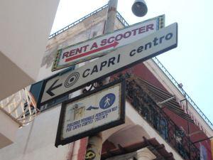 Grand Marinasta löytyi helposti opasteet Caprin kylään.