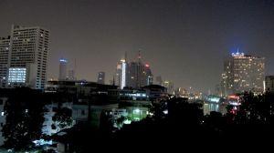 En voinut vastustaa Bangkokin majapaikkani upeita näkymiä.