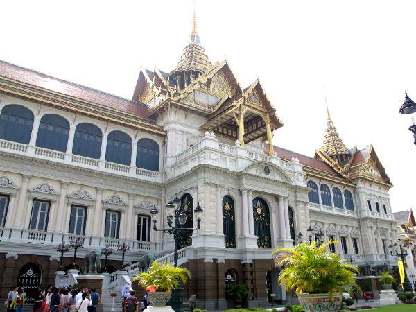 Entinen kuninkaanpalatsi Gran Palacen alueella.