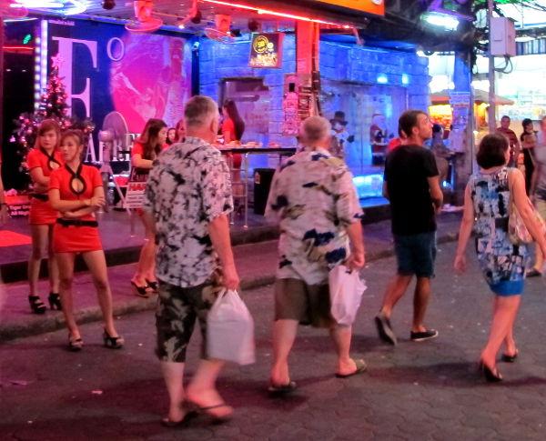 Pattayan Walking streetin menoa.