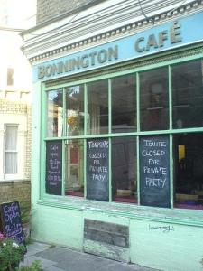 Bonnington Cafe. Kuva: Flickr, http://www.flickr.com/photos/ithinkx/302879788/sizes/m/in/photostream/