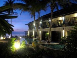 Koh Tao ei ole ollut hengeltään ihan näiden hotellihuoneiden oloinen, mutta näitä on rakennettu yhä enemmän.