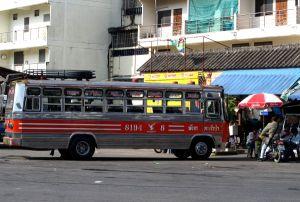 Phang Ngan bussiasema.
