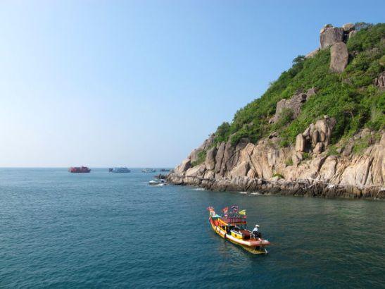 Aivan Koh Taon viereisen Koh Nangyenin ympärillä on muutama sukelluspaikka.