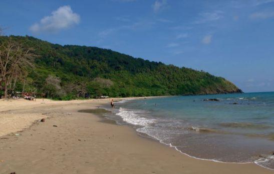 Bamboo Bay on Koh Lantan rannoista eteläisin.