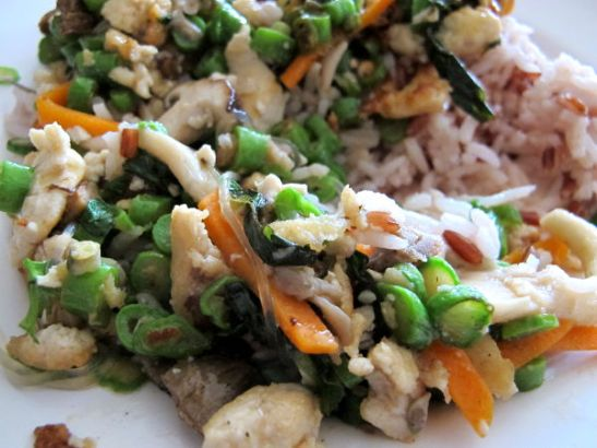 Chew Xin Jain vihreä papu ja porkkana -annos riisin kanssa.