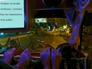 jalat bussissa
