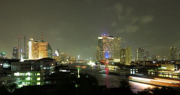 Bangkokin yö.