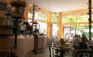 Ferdinand Boolstraatin kahvila.