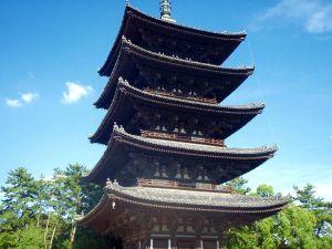 Temppeli Narassa