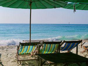 Koh Sametin rannat ovat hienoja, mutta snorklauksen ja laitesukelluksen takia sinne ei mennä.