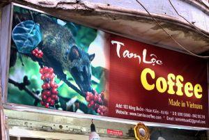 Kopi luwain, weasel coffeen juominen on kuin turkiksia ostaisi. Eläimiä pidetään häkeissä ja syötetään niille kahvipapuja. Kahvinen kakka kerätään ja jauhetaan turisteille juomaksi.