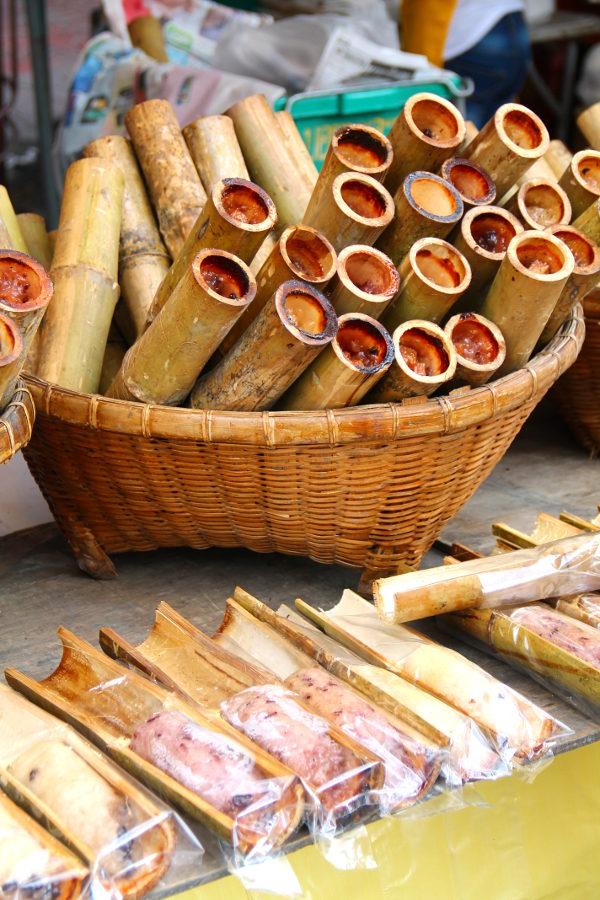 Tahmariisit bambun sisällä.