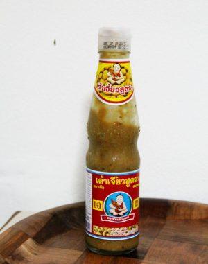 Soijapapukastike on tällaisessa pullossa kun ostaa Healthy Boy eli Deg Somboon -merkkiä.