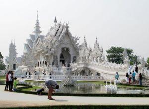 Wat Rung Khun.