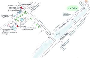 Olen piirrellyt karttoja, jotta turvatarhan vapaaehtoiset paremmin löytäisivät lähitienoon palvelut. Tässä pienen majapaikkakeskittymän kartta pari kilometriä tarhalta.