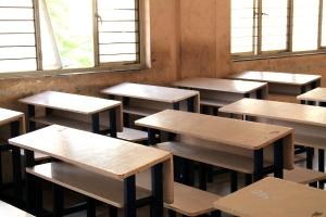 Pulpetit eivät ole mikään itsestäänselvyys intialaisissa kouluissa. Nämä olivat amerikkalaisen säätiön sponsoroimia pulpetteja.