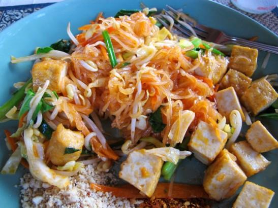 Pad Thai ehkä In Touchin ravintolassa Saireella.