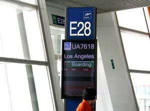 Lento Pekingistä Los Angelesiin.