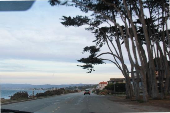 Montereyn rantatietä.