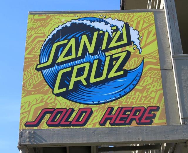 Läheltä rantaa löytyi Santa Cruz- skeittimerkin kauppa, mutta hinnat olivat kuulemma kalliimmat kuin San Franciscossa.